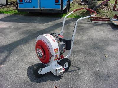 2000 cfm Lawn Blower